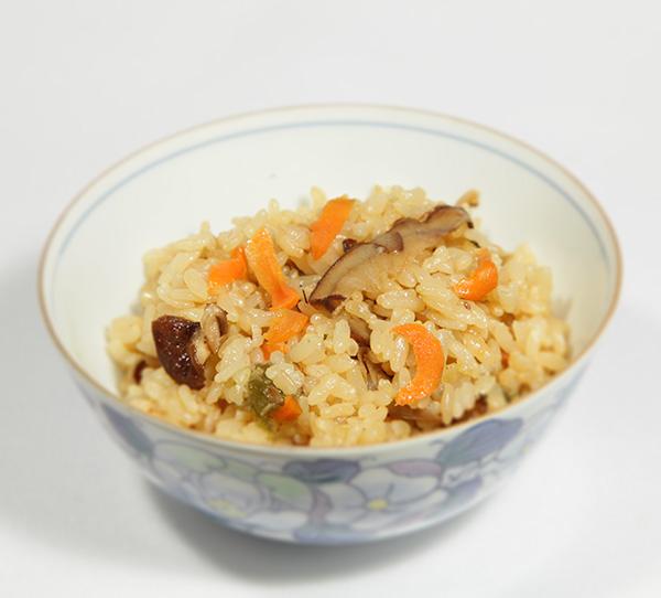有機野菜の炊き込みご飯